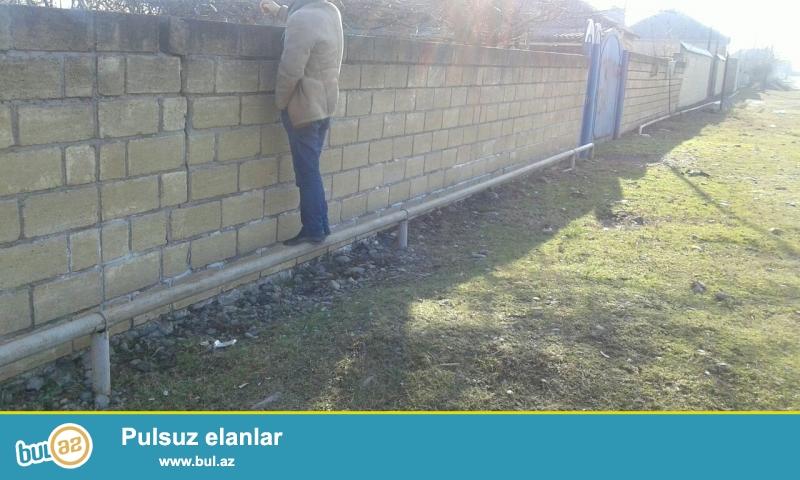 Balakənin rayonunda, mərkəzə yaxın yerdə yerləşən torpaq sahəsi 12 sot və üzərində  ev...