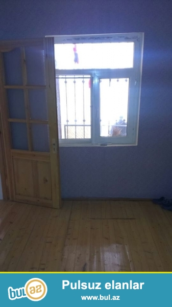 DIQQET!!! Tecili Xirdalan seh M.Esedov kuc 2 otaqli sahesi 60 kvm olan, kurslu temirli heyet evi satilir...