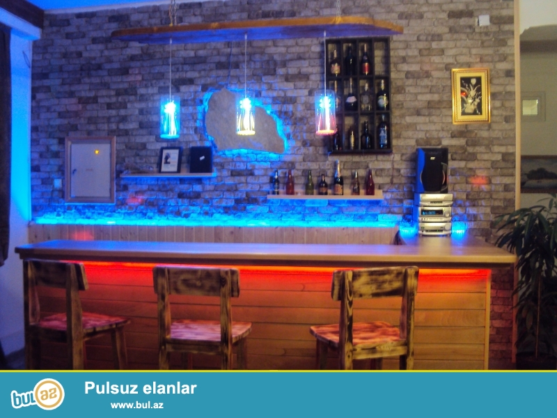 Babek pr NZS e donen yolun ustunde 250m2 daxili 250 m2 heyat yani sahesi, 3 kabineti  olan ailevi restoran kiraye verilir...