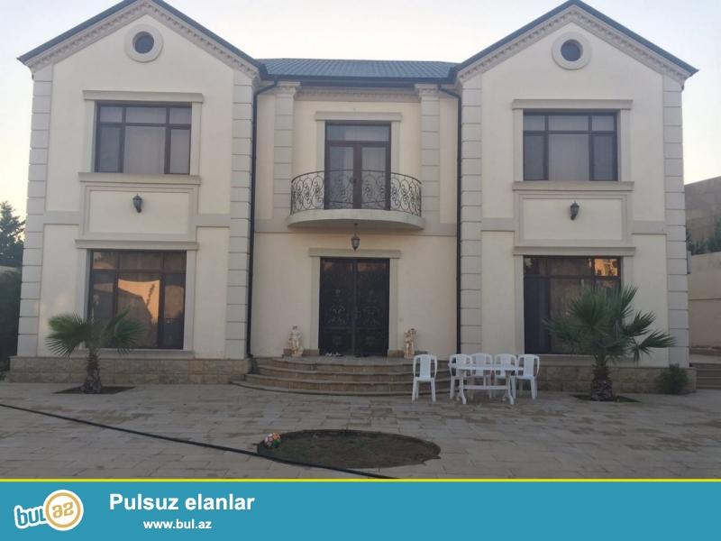 Срочно! В поселке Шувалан - Сучулар продаётся   2-х  этажный  особняк нового строения с дизайнерским ремонтом в евро стиле, площадью 460 квадрат  6-и комнатный дом расположенный   на  10 сотках земли...