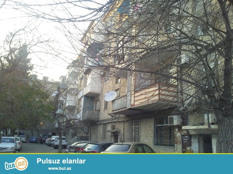 Cдается 2-х комнатная квартира, по проспекту Азадлыг, рядом с Посольство США...
