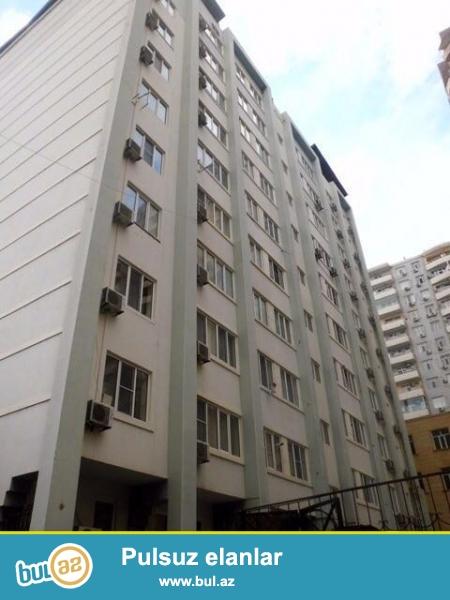 Вблизи станции Низами, на 6-ой параллельной  сдается 3- х комнатная квартира  в газифицированной  новостройке  со всеми условиями для комфортного проживания...