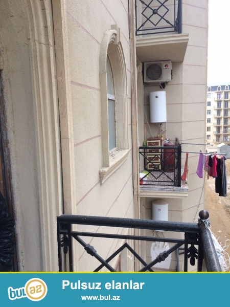 Xırdalan şəhəri AAAF park yaşayış kompleksi 12 saylı küçəsində 7 mərtəbəli binada mənzil satılır...