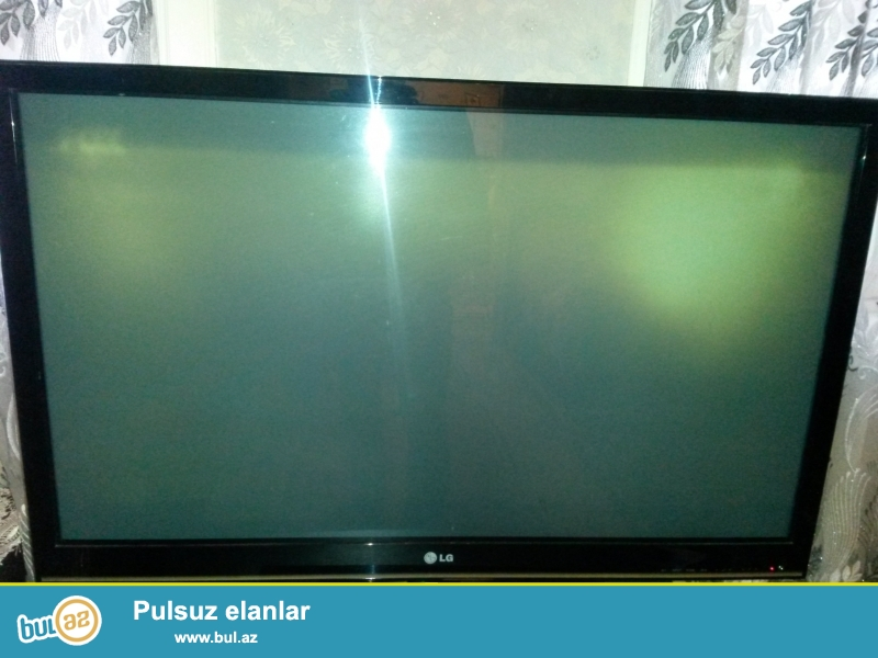 109-sm (ekranin boyukluyu), elsidi+plazma, reqemsal, LG televizoru satiram.. televizor 2 il bunnan qabaq 550 azn almisam hecbir problemi yoxdur saz veziyyetdedi arxasi acilmayib...