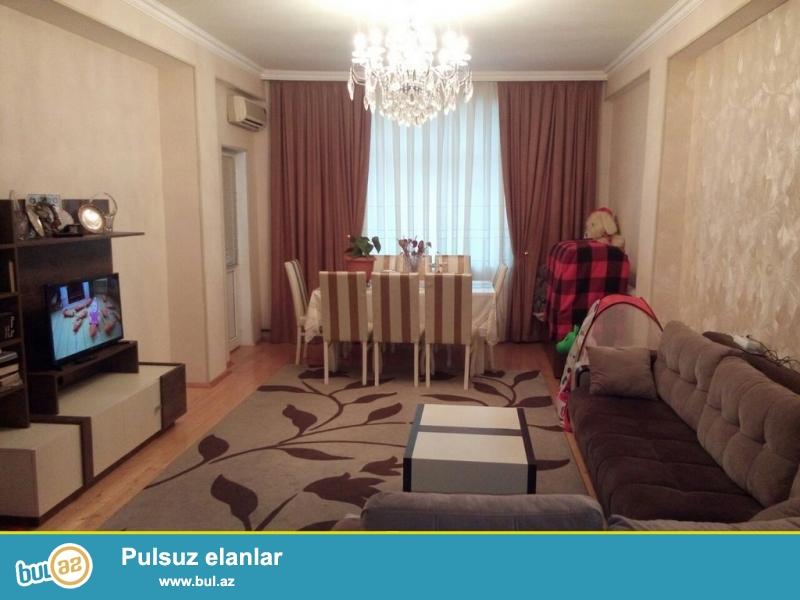 Очень срочно!  Рядом с м/с  Хези Асланова   продается  2-х комнатная квартира нового строение 11/12, площадью 63 квадрат ...