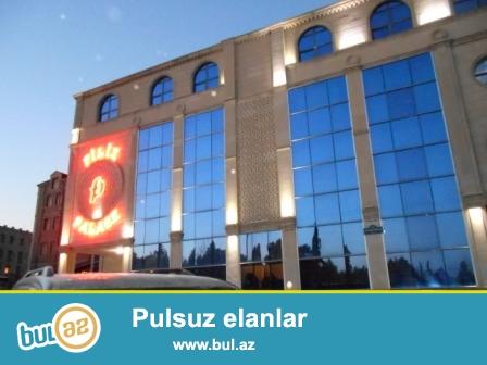 **РУФАТ*АЙНУР** Yasamal rayonu, Azerbaycan nesriyyatinin arxasinda,18 sotun icerisinde  2 mertebeli sadliq sarayi  satilir...