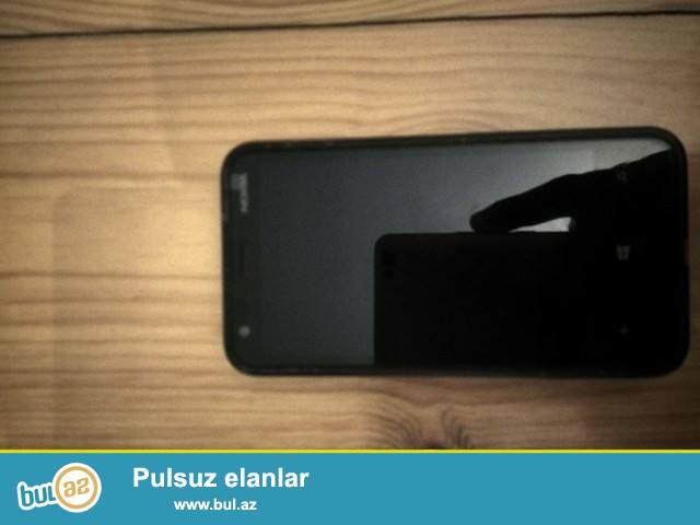 Nokia Lumia 620 telefonu tecili satiram qiymet ona gore ucuzdu. Whatsappi zad var. Prablemi , virusu yoxdu...