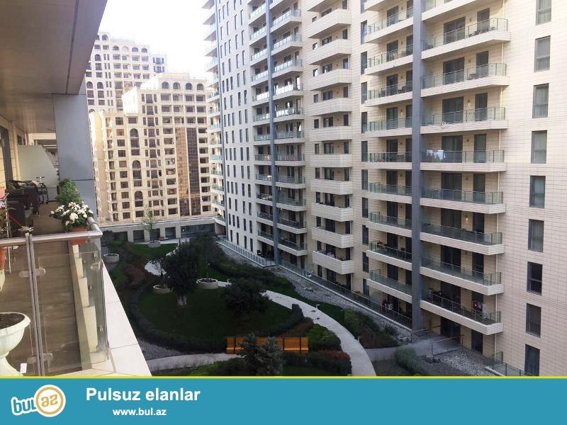 Təcili satılır şəhərin mərkəzi, Port Baku yaşayış kompleksində 5 otaqlı mənzil...