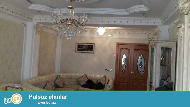 Qurtulus 93 yasayis kompleksi (inteqral) tam yasayisli bina,6 mertebeli binanin 5-ci mertebesinde 114kv sahesi olan 3 otaqlisuper temirli menzil satilir...