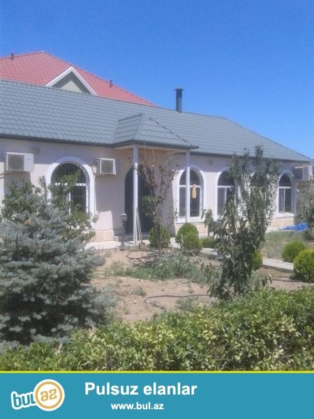 Fatmayı qəs.Dalğa  marketin  yaxınlığında,tam təmirli 5 otaqlı bağ evi satılır...