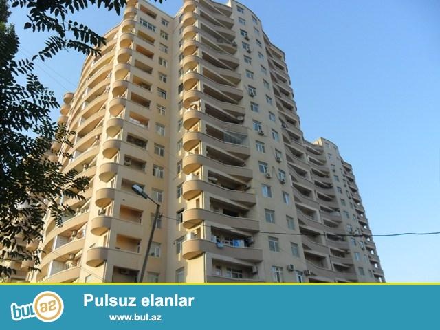Elmler Akademiyası metrosu yaxınlığında Qazlı Kupçalı binada 2 otaqdan 3 otağa təmir olunmuş mənzil satılır...