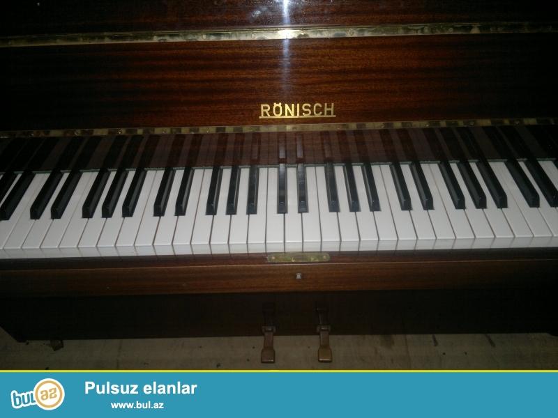 Rönisch <br /> almaniya istehsalı piano. 1986 cı ildə talonla, cehizlik alınıb...