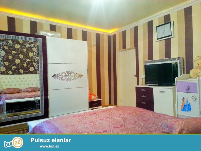 Yeni Yasamalda 3.2 sotun icinde yasayis sahesi 110 kv olan 5 otaqli heyet evi satilir...