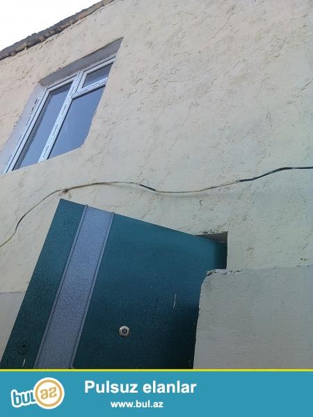 Sebail rayon 20–çi sahede 2–mertebeli ev satılır...