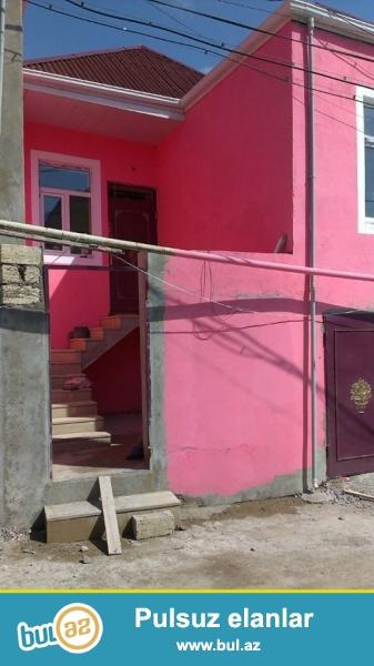 DIQQET!! Tecili Xirdalan seh yola yaxin obsi sahesi 70 kv olan 1 mertebeli alti qarac 3 otaqli tam temirli heyet evi satilir...