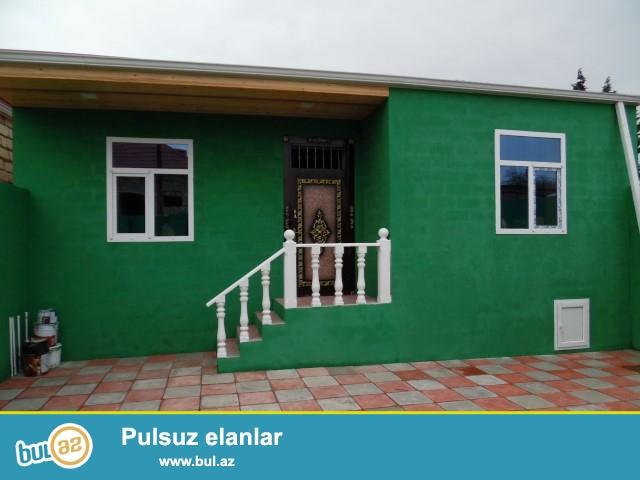 Baki she. Maştağa qəsəbəsi  tam merkezde   kirov dairesi    3 otaqlı həyət evi satılır...