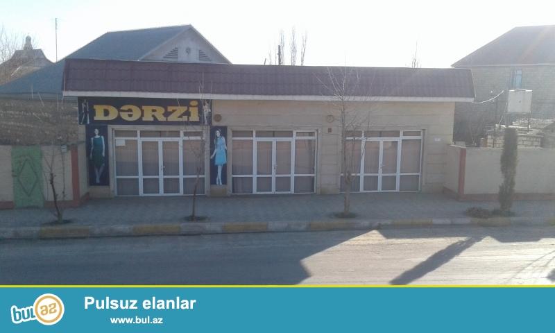 """Ağcabədi Rayon,Tofiq İsmayılov küç.122.(Ağcabədi Rayon """"Yeni Xəstəxana""""tərəfdə) Yol qırağı,Tam təmirli,52kv..."""