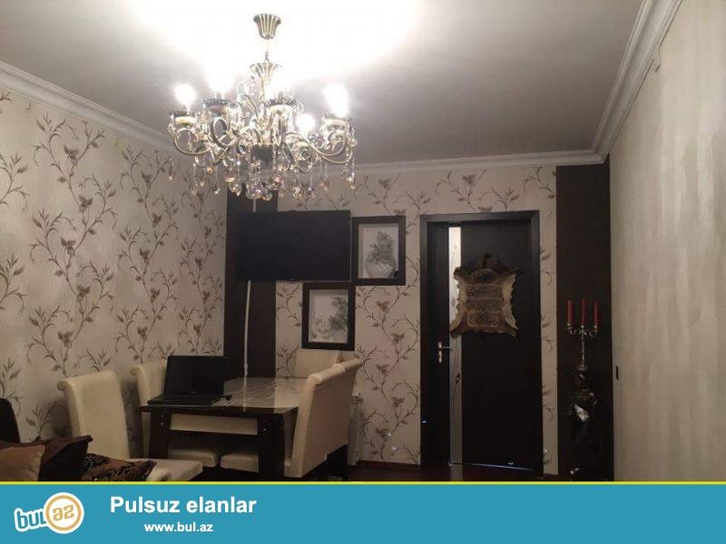 3 otagli ev satilir.Neftciler metrosunun yani, Nizami rayonu,Naxcivanski37...