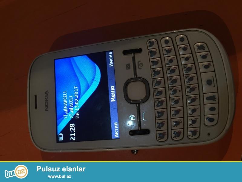 Nokia asha 200 telefon tam orginal telefondur 2 kartlidir hal hazirda iwledirem kicik problem bele yoxdur ela zaryatka saxliyir adaptri ile biryerde verirem
