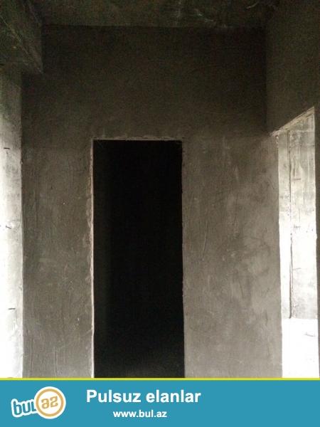 Xırdalan şəhəri 25 saylı küçəsində AAAF inşaata məxsus hazır yaşayışlı binada ümumi sahəsi 56kv...