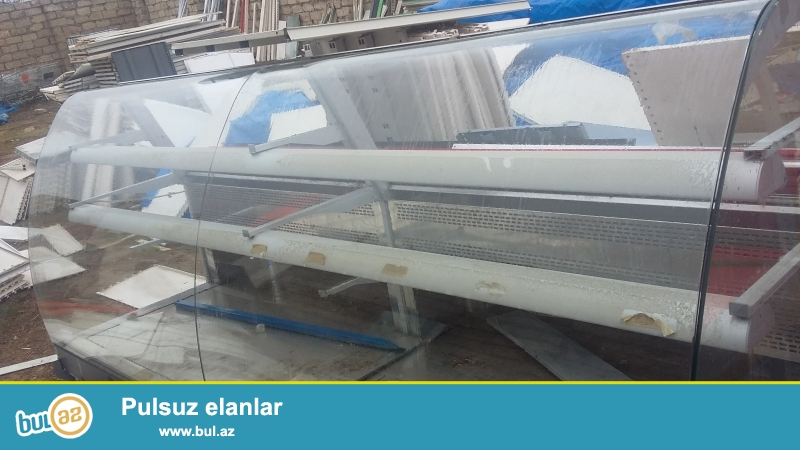 Turkiye istehsali olan 5 metrelik, 2 metrelik,qastranomlar sirniyat soyuduculari satilir...