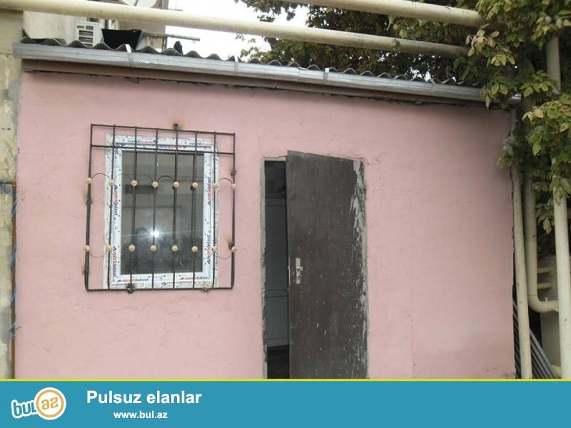 QIQQET!!! Tecili Xirdalan seherinde 1 otaqli sahesi 28 kv temirli heyet evi satilir...
