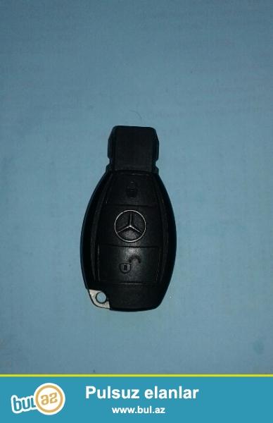 Salam. <br /> Mercedes Benz ML 320 açarıdır. ehtiyyat açarı olub. 2 defe avtomobilə tapılıb...