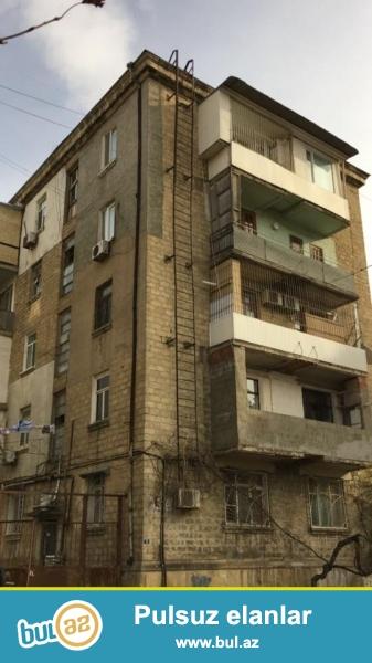Эксклюзивная продажа!!! Экологически благоприятный район напротив посольство Россия, продается 1 комнатная квартира, «классик сталинка», 2-ой этаж 5-и этажного дома,  просторные, светлые комнаты, высокие потолки, общая площадь 40 кв...