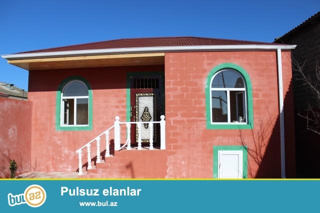 Sabunçu rayonu Maştağa qəsəbəsi, Akses banka yaxın ərazidə, orta məktəbin yaxınlığında, 2 sot torpaq sahəsi, 5 daş küsülü, ümumi sahəsi 80 kv...