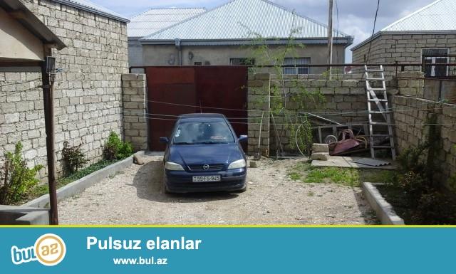 Sabuncu rayonu Maştağa qəsəbəsi Kariyer deyilən ərazidə 2  sot torpaq sahəsində 3 daş kürsülü,ümumi sahəsi 90 kv...