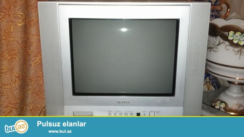 Samsung televizor 30 sm. Temirdə olmayıb, ideal vəziyyətdədir...