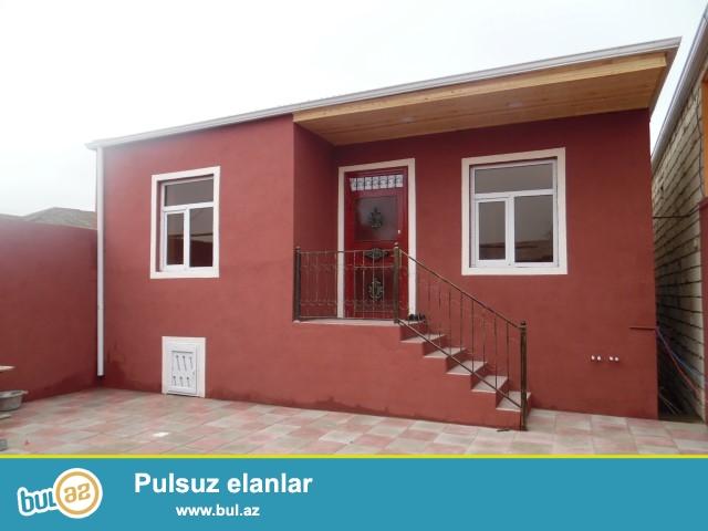 Maştağa qəsəbəsi tam merkezde 293 sayli orta mektedin yaninda  2 da sotda 3otaqli həyət evi satılır...