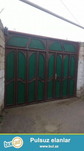 Tecili Sabuncu rayonu Mastaga qesebesinde 3.6 sotun icerisinde , evin umumi sahesi 120 kv olan 3 otaqli tam temirli ev satilir ...