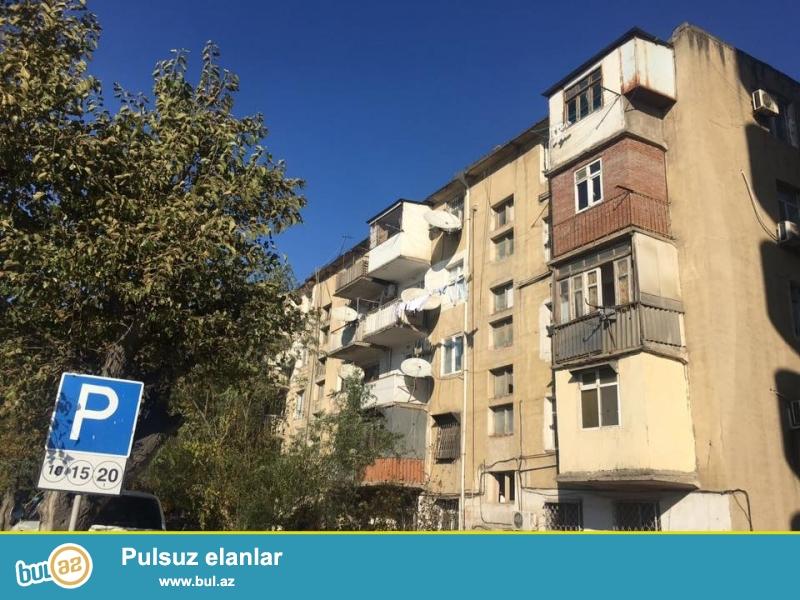 COX TECILI!!! Yasamalda, Serifzade kucesinde, Asan xidmetle uzbeuz, 2 otagli ev satilir...