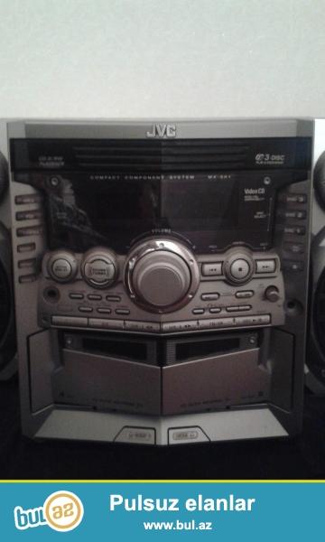 JVC musiqi merkezi. Hem pultla, hem de el ile idare olunur. Yaxşı vəziyyətdədir. micorofon yeri, 3 disk yeri,2 maqnitafon yeri,radio ve s var...