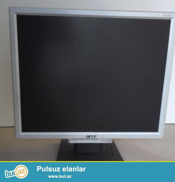 17 Ekrandi Acer Monitoru wunurlarida usunde verilir  qiymet sondur