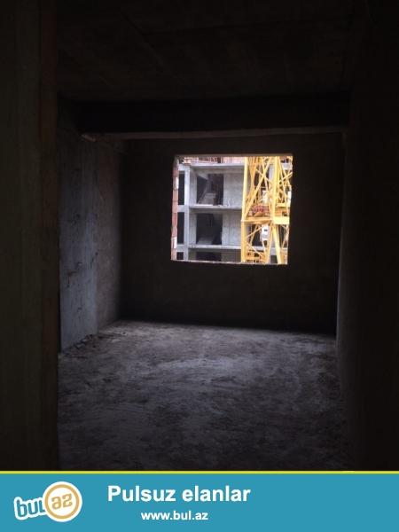 Xırdalan şəhəri yol kənarında inşaa olunan AAAF park yaşayış kompleksində 1kv...