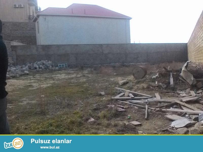 Satılır Badamdar,  2-ci massiv də 9 sot torpaq sahəsi...