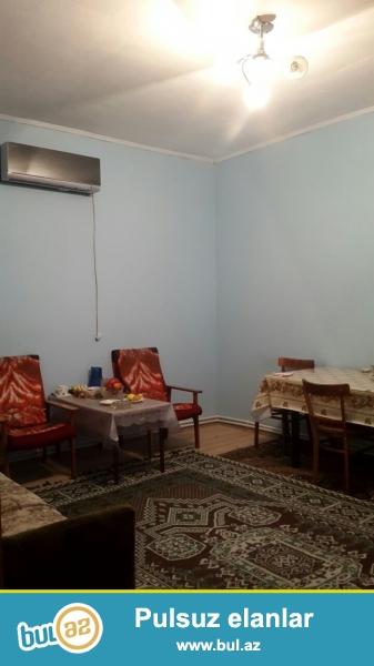 Tecili Mastaga qesebesinde kirov dairesi adlanan yerde 128 nomreli mektebin arxasinda 2 sot torpaqda 80 kv 3 otaqli ev satilir...