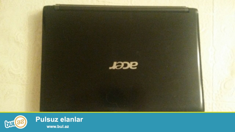 Acer netbuku satilir 120 manat.ram 2. Hard disk 320gb.teze format olunub ela isleyir.zaryatka saxlamir.