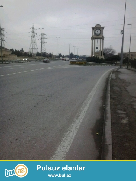 Təcili satılır.Ramana Bülbülə yolunun üstündə yoldan 100 mt məsafədə,79 nöm marşurut yaxınlıqdan keçir...