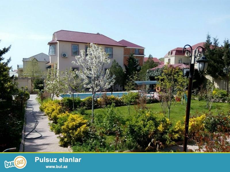 Badamdar qeseebesi 3cu yasayis massivinde villa kiraye verilir...