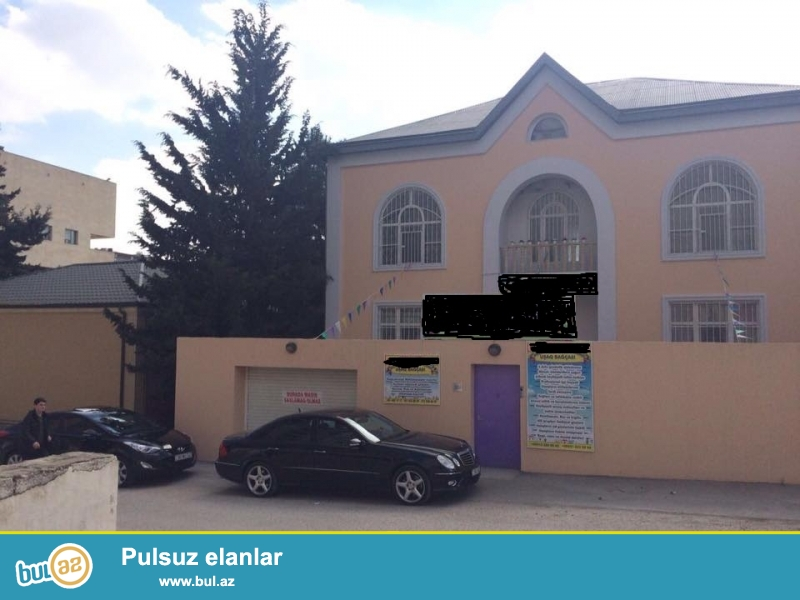 8-ci mikrorayonda, Qosa zapravkanin yaninda, Istanbul evleri ile uzbeuz 3 mertebeli obyekt satilir...