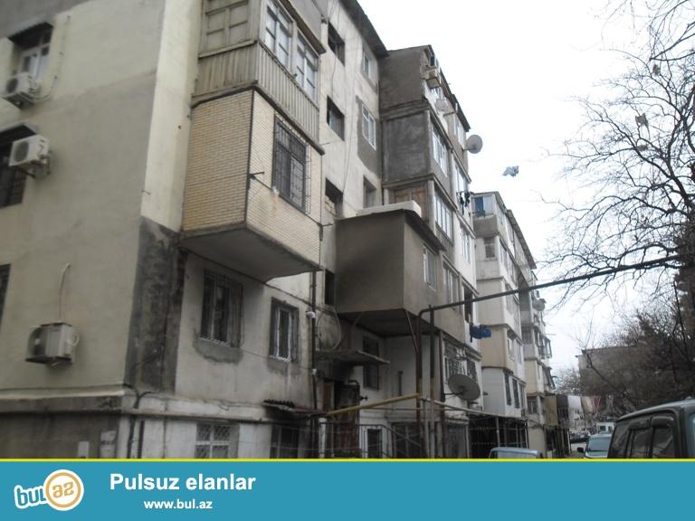 Ecemi metrosunun yaxinliqi 2otaqli orta temirli ev senedi kupcadir