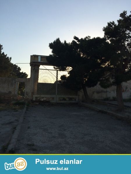 Qaradağ rayonu Lökbatan qəsəbəsi Heydər Parkının yanında 30 sot tarpaq sahəsi. Kupçası ( ÇIXARIŞ ) var...