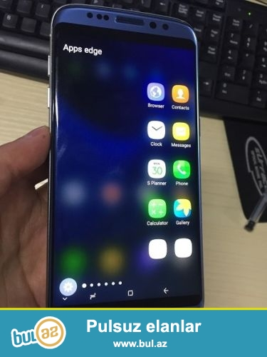 qutusuna yeni son Samsung Galaxy S8<br />