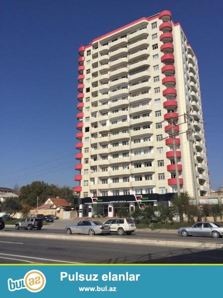СРОЧНО!!! На рабочим проспекте, недалеко от « Ag seher» продается 4-х комнатная квартира, в полностью заселенном комплексе с Газом, 18/2, общая площадь 170 кв...