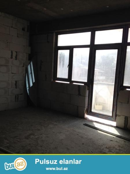 nermanovda metroya yaxin erazide yerlesir.bu binada kv 1500