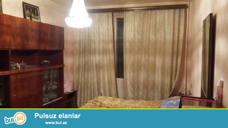 Nizami Rayon, Nefçilər metrosunun yaxınlığında 4 otaqlı lelinqrad proyektli ev satıram, 5 mərtəbəli binanın 4-cü mərtəbəsi...