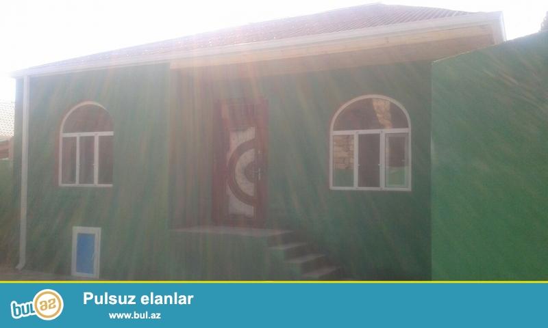 Maştağa Buzovna yolunda maqistral  yoldan 100 mt məsafədə 1...
